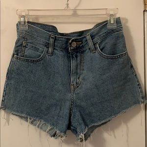 Levi's high rise shorts zip fly 26